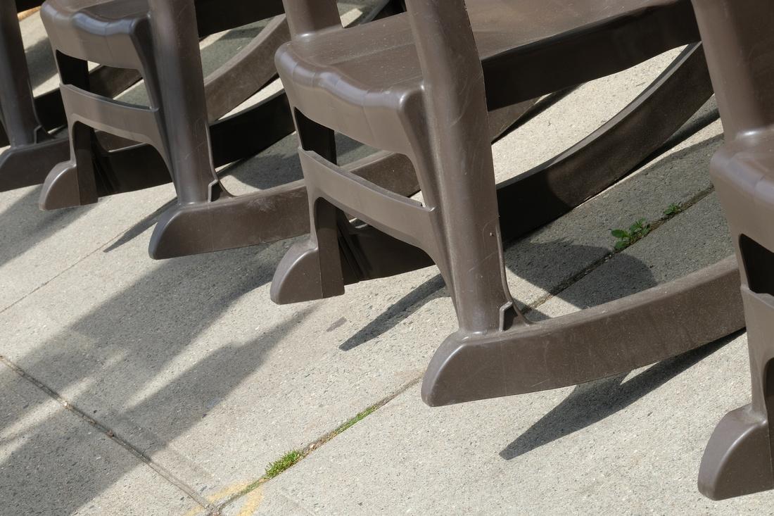 Rock 'n' Chairs