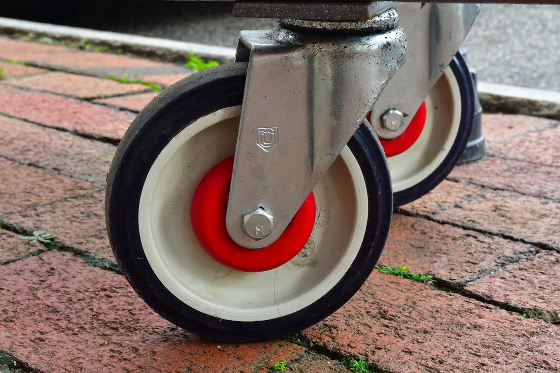 Wobbly Wheels